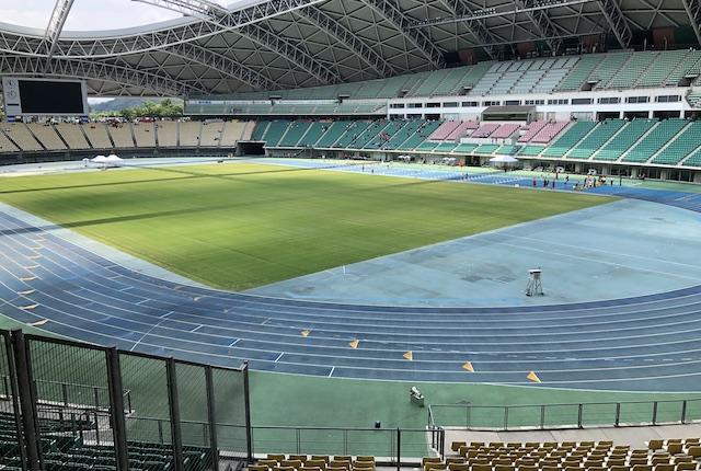 大分スポーツ公園総合競技場サイドスタンド