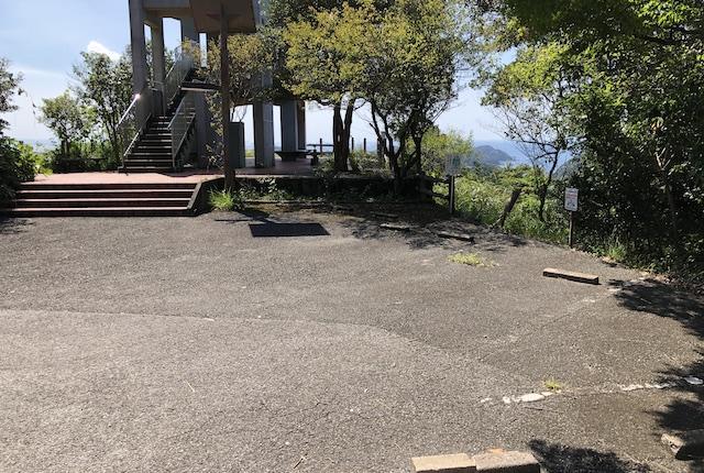 遠見山桜木展望所駐車場