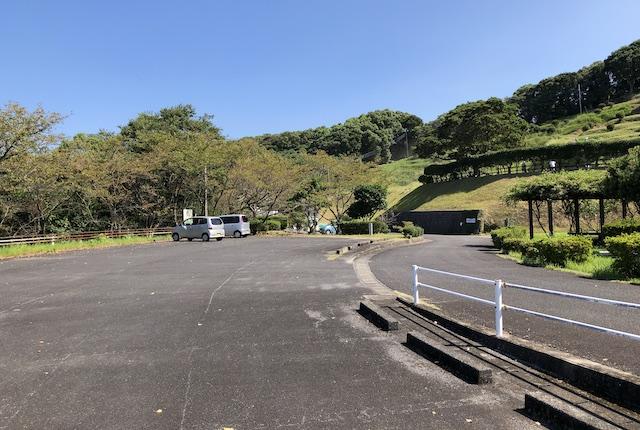 遠見山公園駐車場