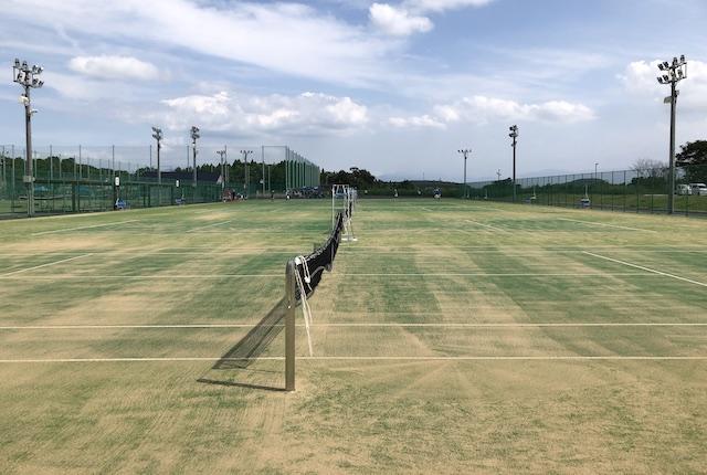 植木中央公園テニスコート
