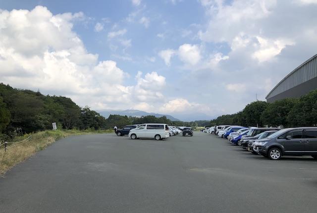 大津町総合体育駐車場