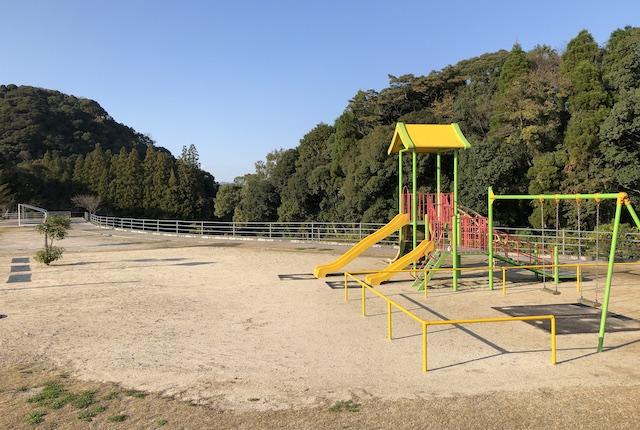 丸山自然公園遊具