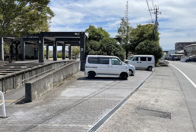 嘉島近隣公園駐車場